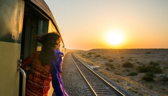 train travel safety tips