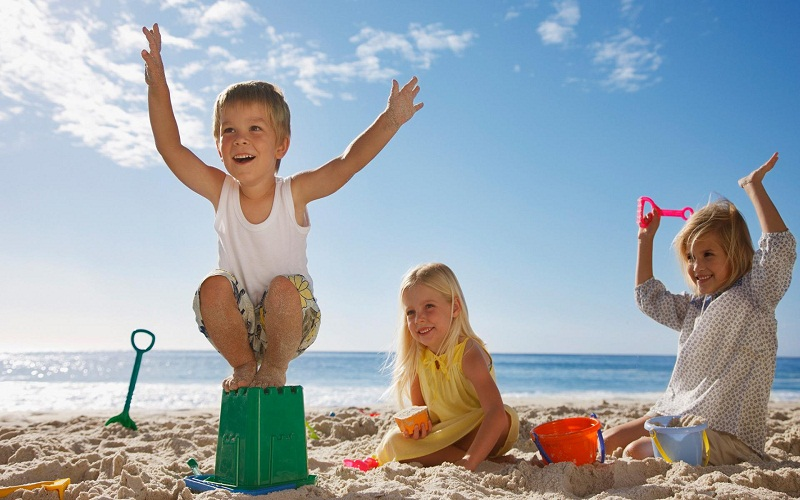 top beaches to go with children