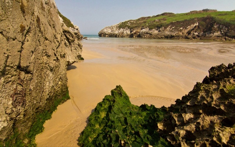 beaches to go with children