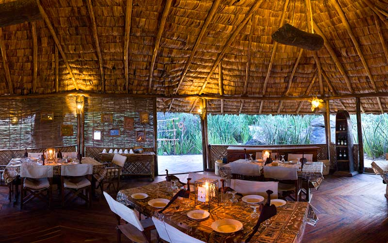 idea of African luxury safari lodges around the world