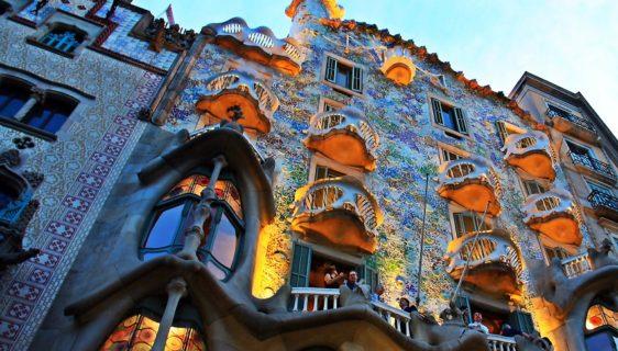 Honeymoon in Barcelona and Costa Brava tours