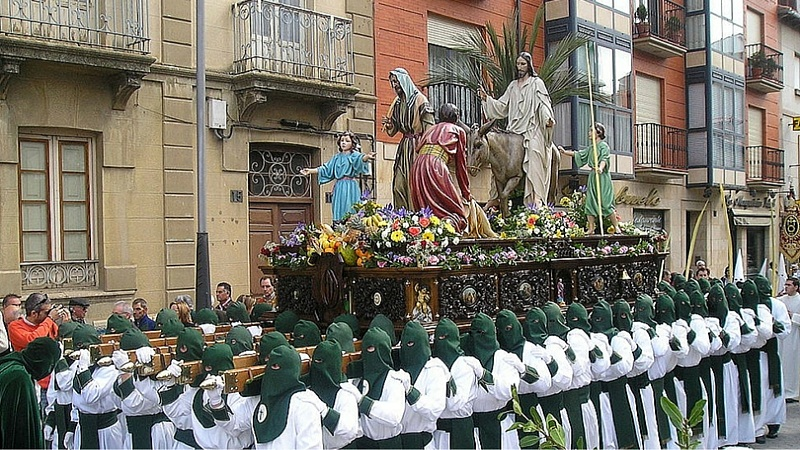 the Holy Week in Europe