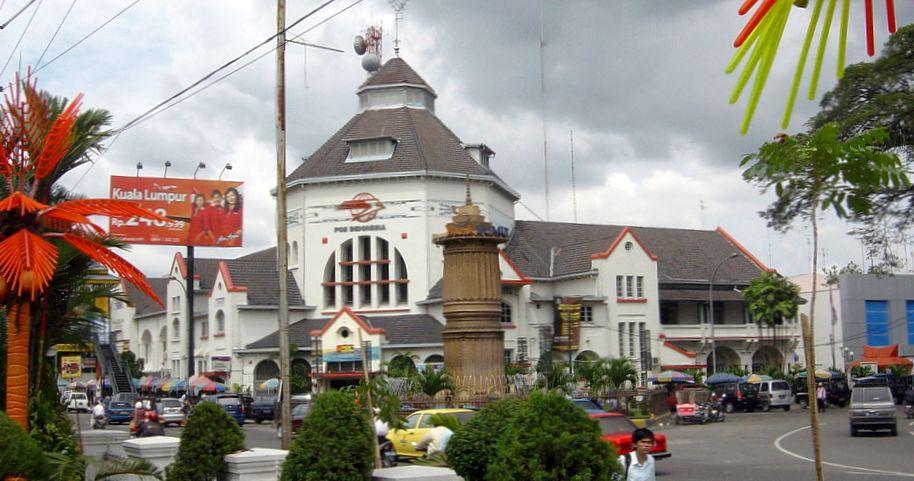 Medan post office