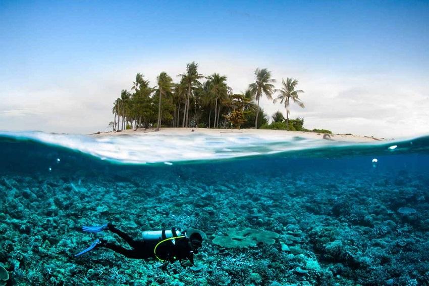 Honeymoon in Bali: culture and wild beaches
