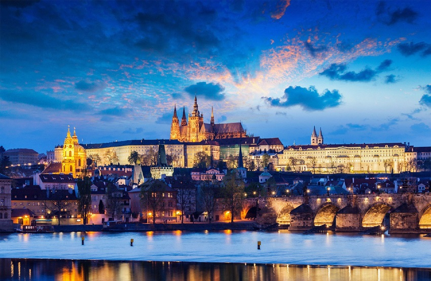 Honeymoon destination: Honeymoon in Prague