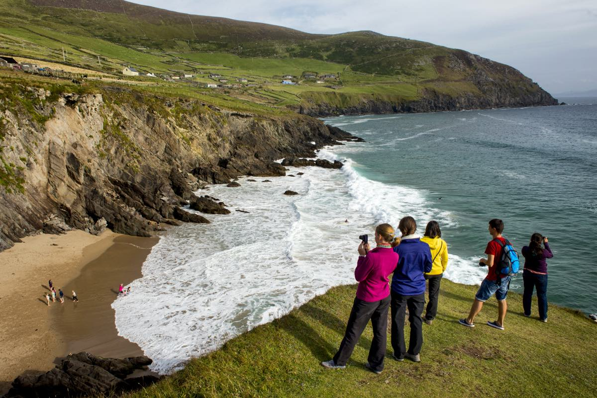 The Dingle Way route