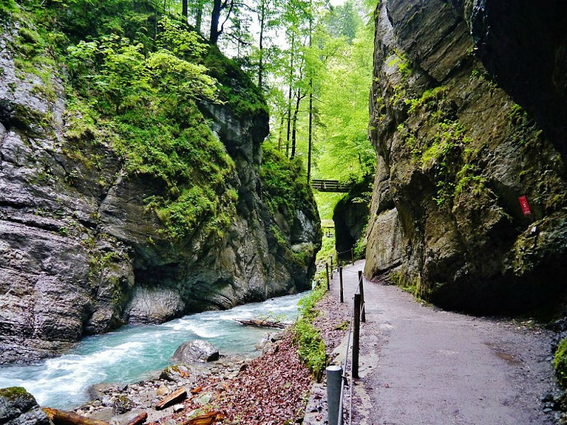 10 Fascinating Places In Germany