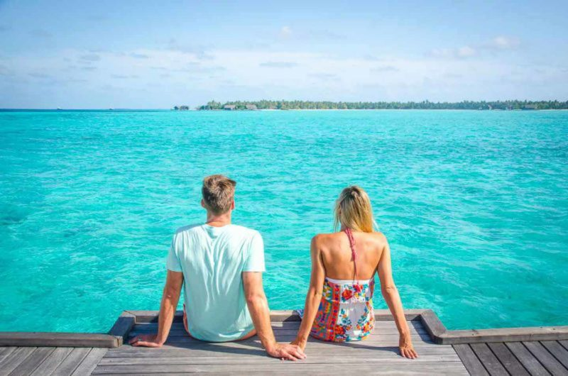 Limited budget for the honeymoon? Here are 4 ways to save