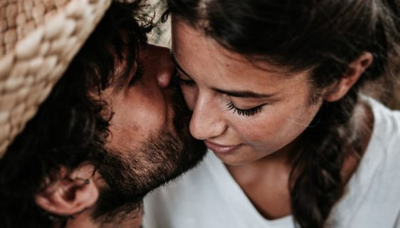 6 suggestions for romantic activities to do during the honeymoon