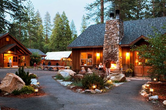 Cheap accommodation in Yosemite